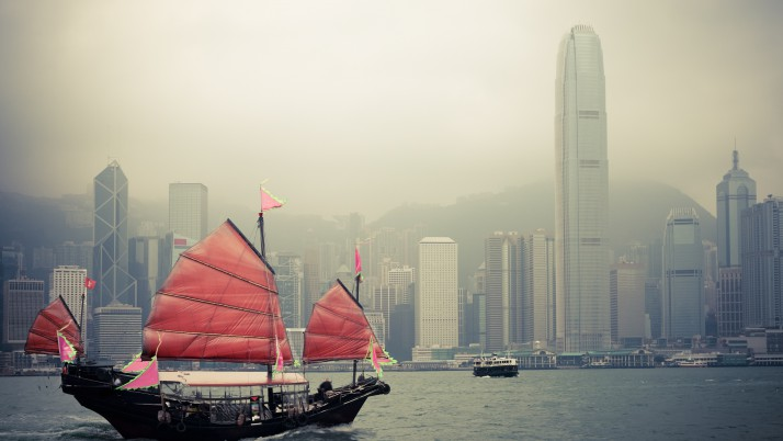 2016 Policy Address: Hong Kong's role as a gateway to China remains great