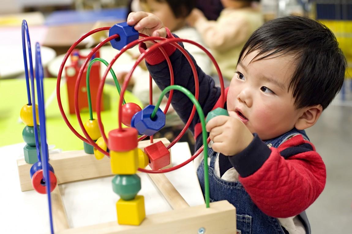 China to abolish one-child policy